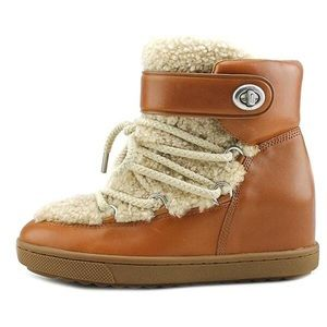 Coach Monroe camel colored shearling new! 7.5